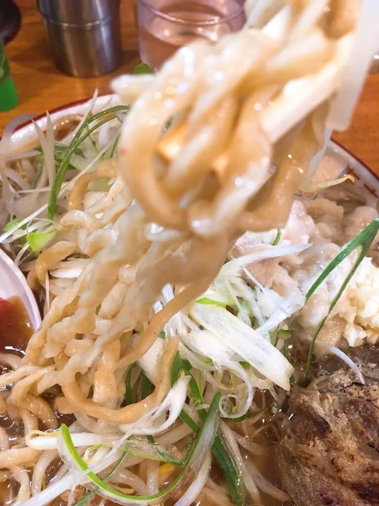 ラーメン金子のラーメンの麺