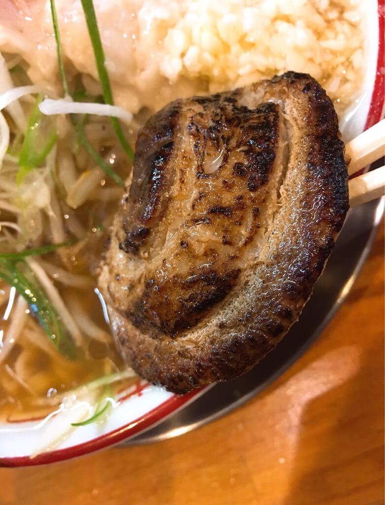 ラーメン金子のラーメンのシイタケ豚チャーシュー