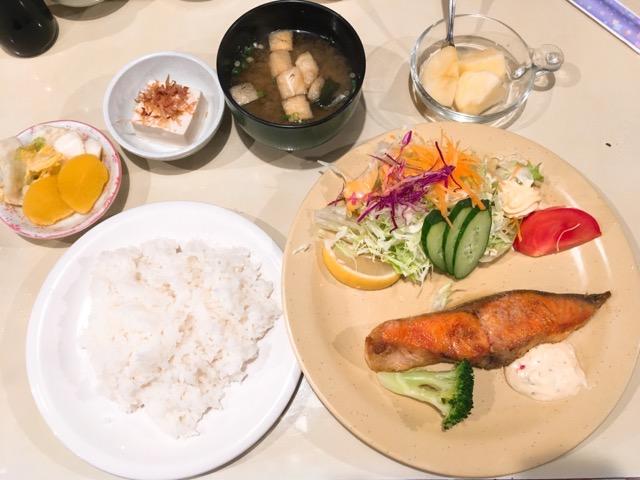 日替わりランチ 銀鮭定食