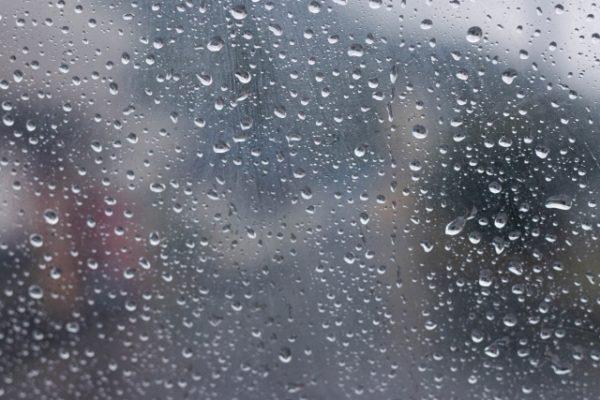 深く眠るには湿度が関係