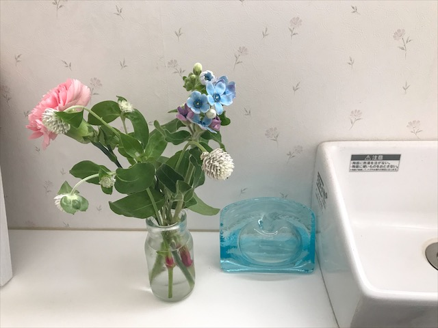 お母さんにお花をプレゼント