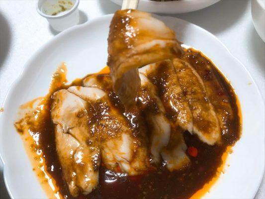 地鶏のよだれ鶏 特製麻辣醤油ダレ 独特過ぎるタレが微妙!